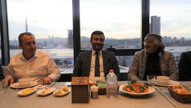 Photo of Yönetim Kurulu üyelerimiz ile takımımız akşam yemeğinde bir araya geldi