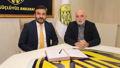 Photo of Yeni Teknik Direktörümüz Hikmet KARAMAN