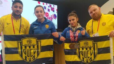 Photo of Halter Sporcumuz Nuray Levent, Dünya Gençler Halter Şampiyonu oldu.